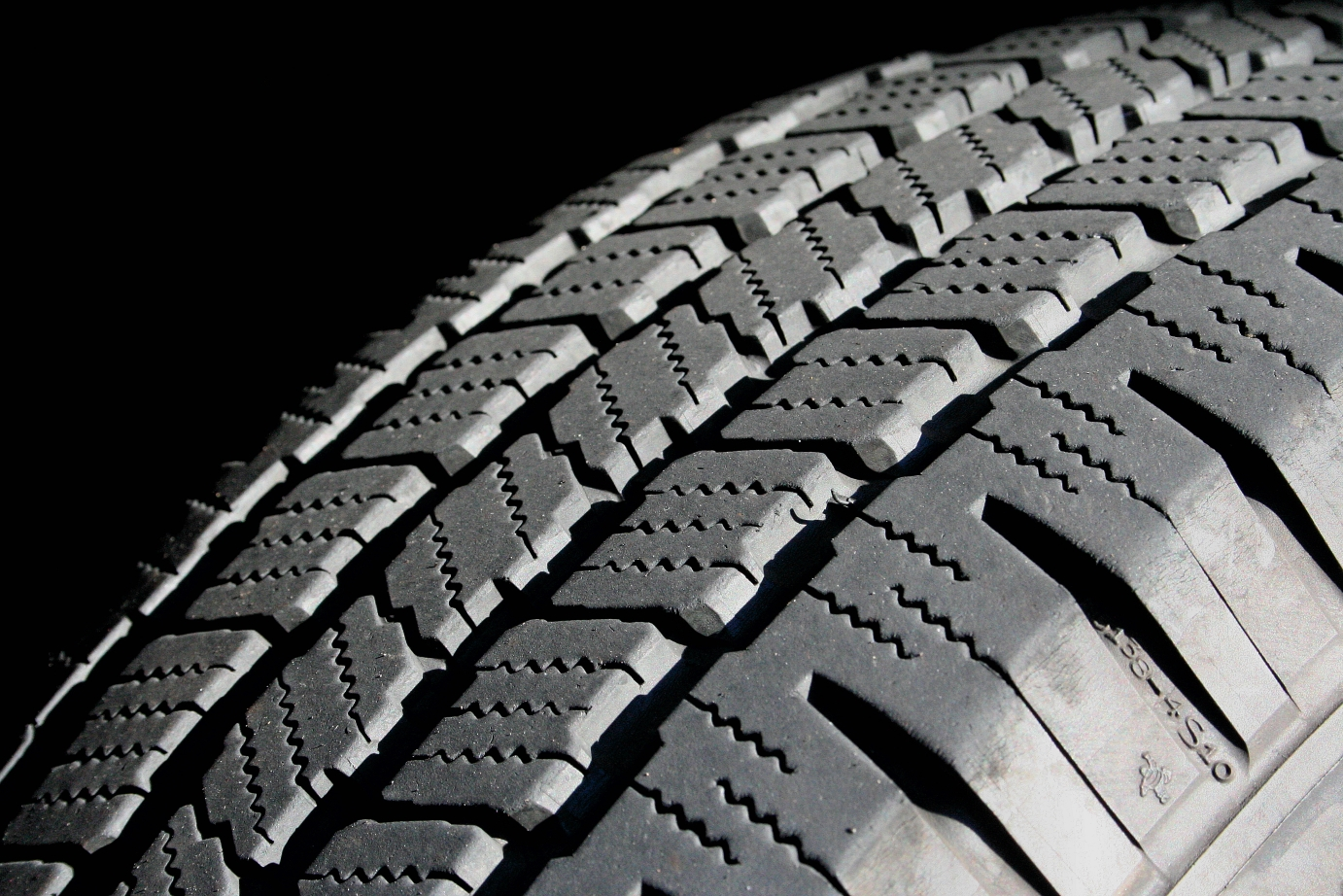 Find Out the Condition of Your Tyres With This Hack