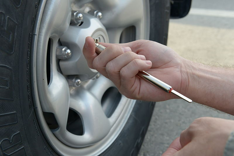 Want to Save Money on Tyres? The Key is TPMS and Tyre Maintenance